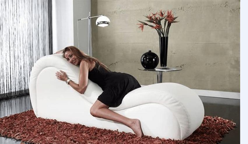 sofa tình yêu màu trắng