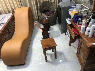 Ghế tình yêu giao cho khách